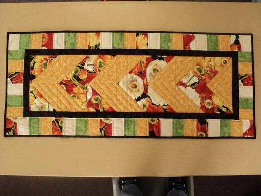 Modern Poppies Table Runner Kit