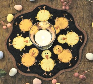 penny rug kit Chicks BR136K