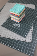 "Quilters Select 18"" x 24"" Cutting Mat"